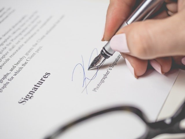 There are several good reasons to sign a lease-purchase agreement.